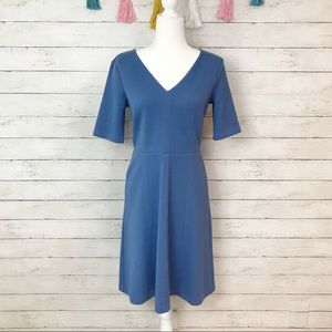 Ann Taylor Blue Structured Midi Dress Size 4